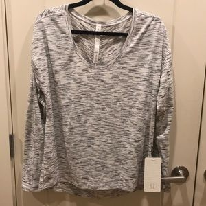 NWT Lululemon Meant To Move long sleeve 10